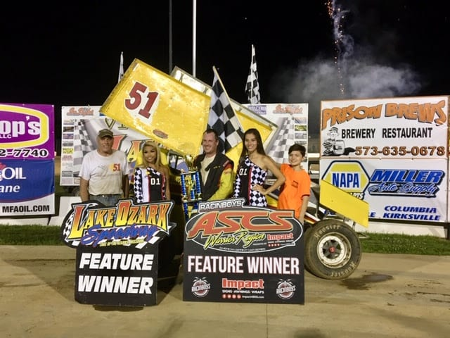 Mitchell Moore in victory lane. (Greg Stanek photo)