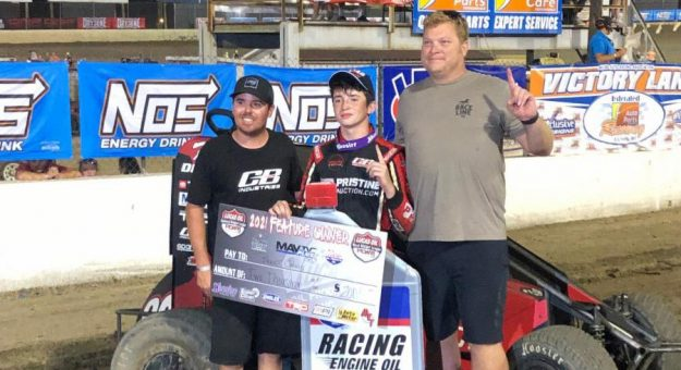 Brent Crews swept the weekend with the POWRi Lucas Oil National Midget League.
